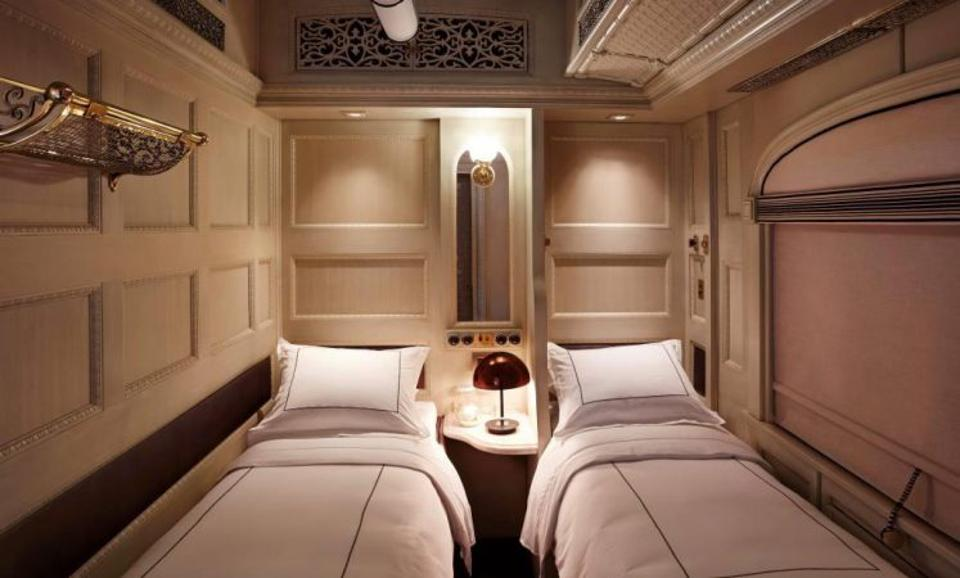 Twin suite on the Belmond Andean Explorer