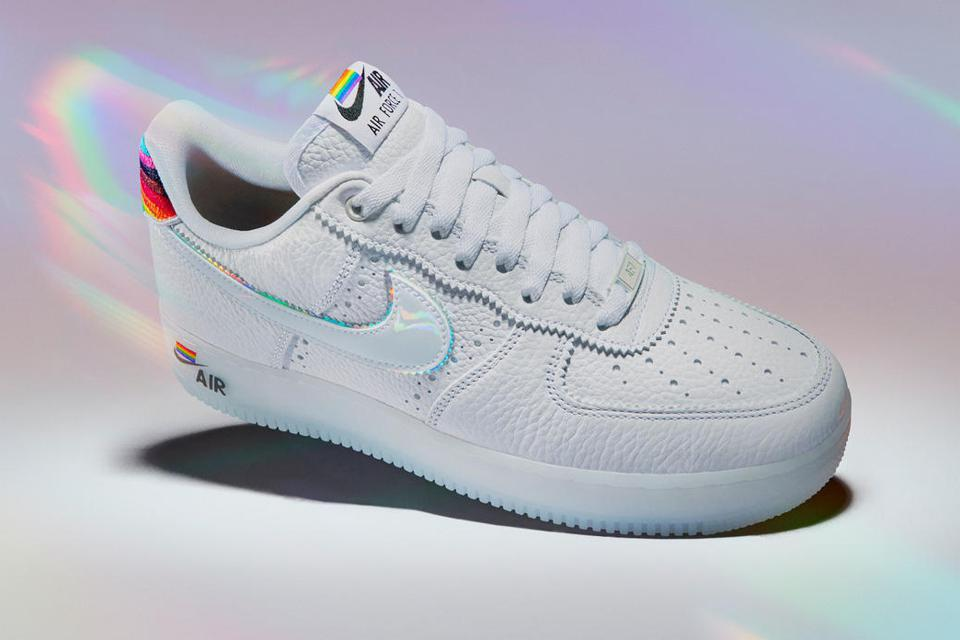 Nike running shoe Air Force 1