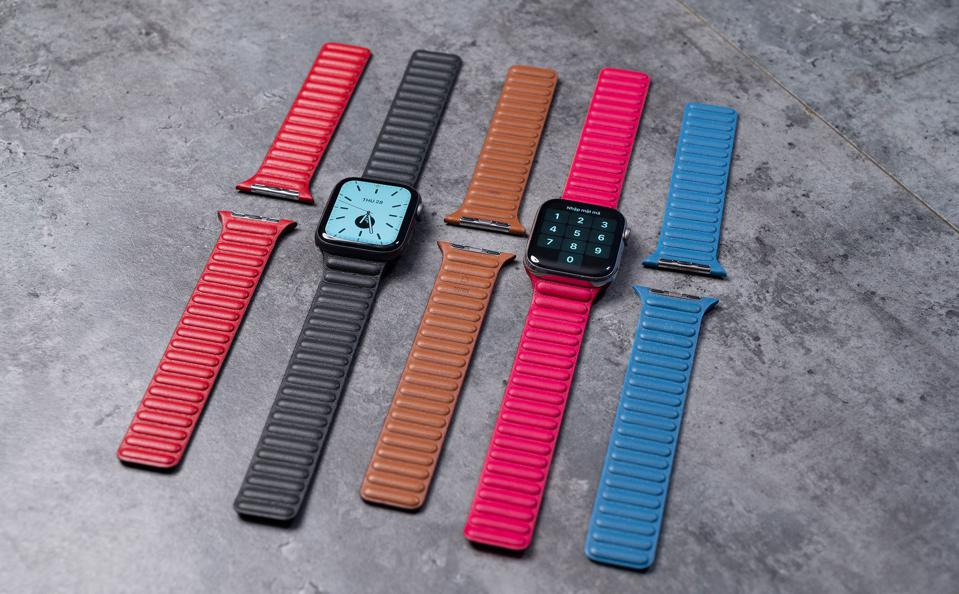 The purported new Apple Watch Leather Bands