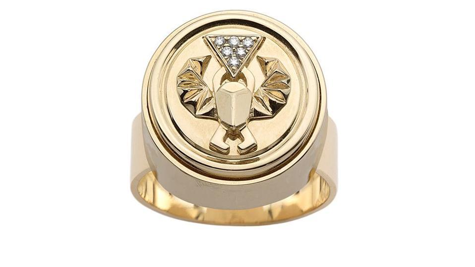 men's signet ring