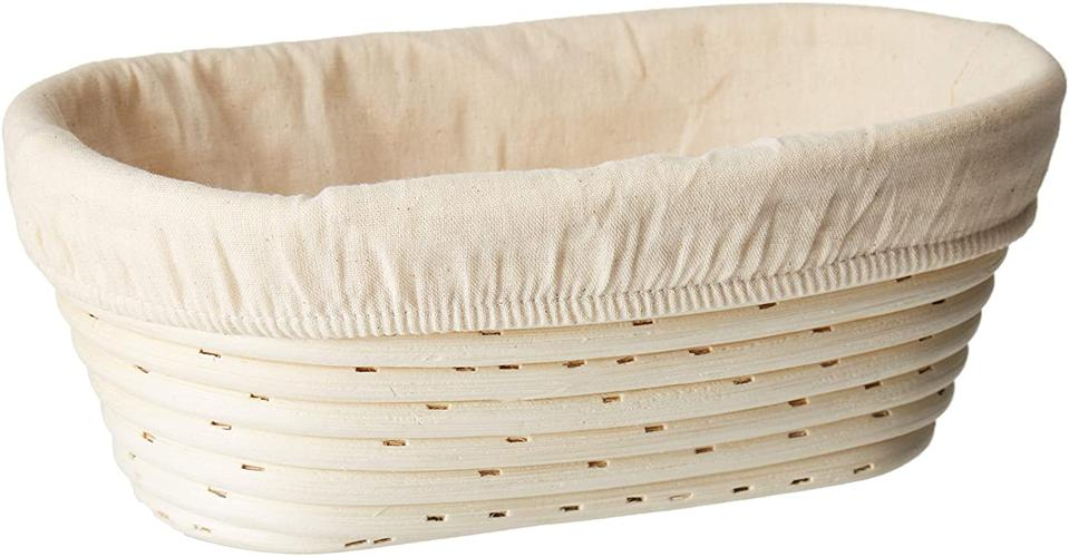 Sugus House Oval Bread Banneton Proofing Basket & Liner