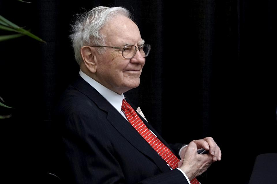 Berkshire Hathaway CEO Warren Buffett plays bridge during one of Berkshire's annual shareholder meetings in Omaha, Nebraska.