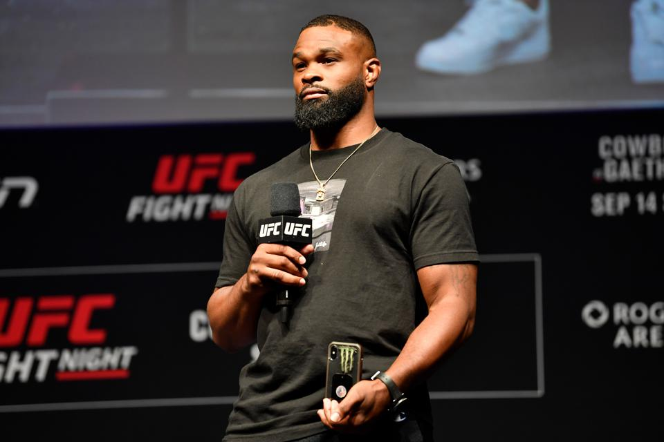 Tyron Woodley faces Gilbert Burns in the main event of tonight's UFC on ESPN 9 fight card.