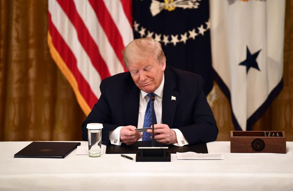 TOPSHOT-US-politics-TRUMP-CABINET