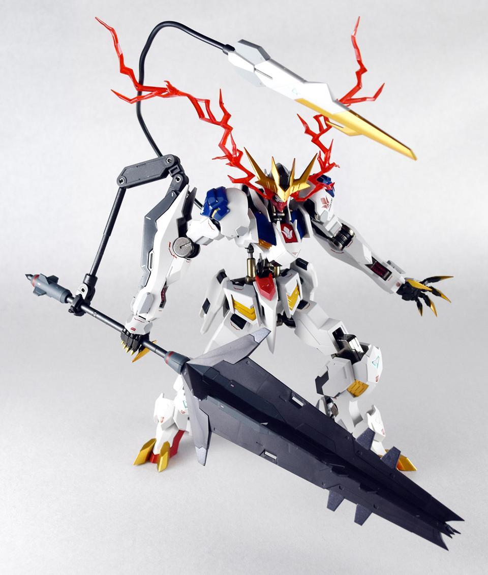 Metal Robot Damashii Gundam Barbatous Lupus Rex