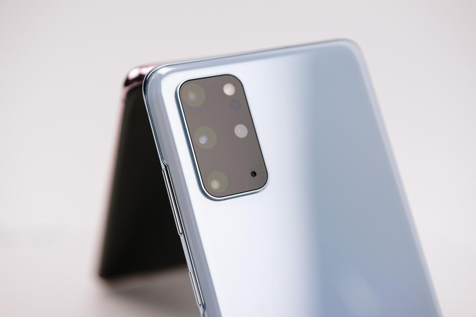 SAMSUNG PREVIEW