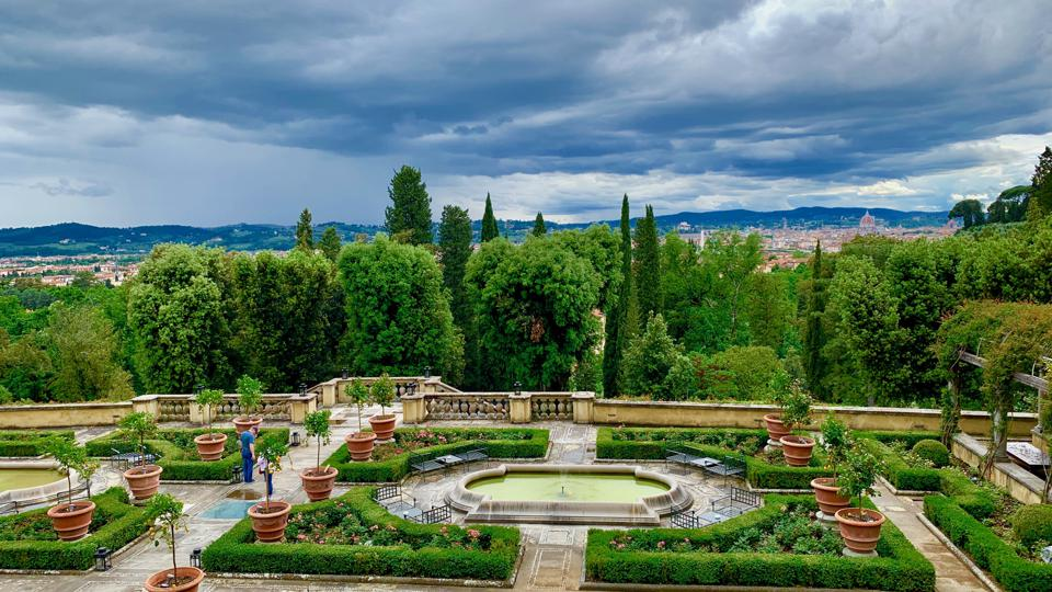 The gardens at Il Salviatino, another Diamond PR client
