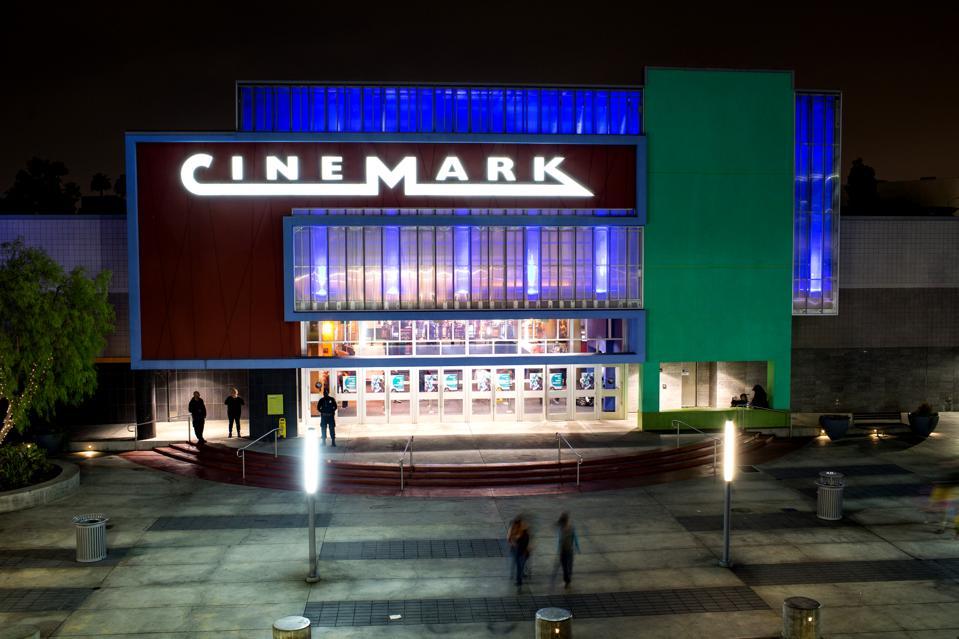 CINEMARK EARNS
