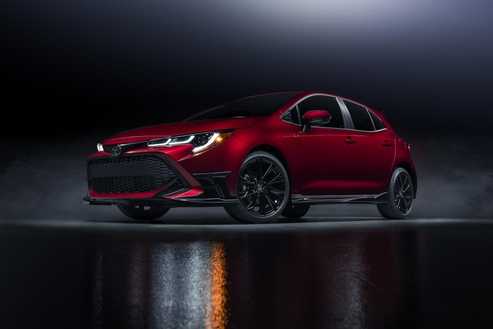 2021-Corolla-Hatchback-Special-Edition_001