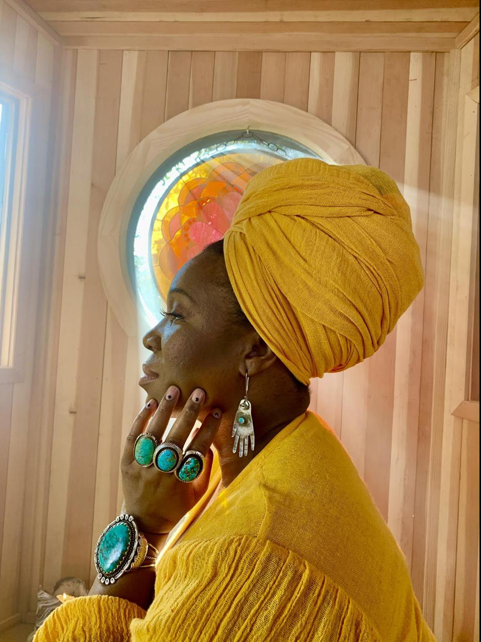 ″I'm on this journey to come out of the closet with all my stuff,″ says India.Arie on being fully who she is.