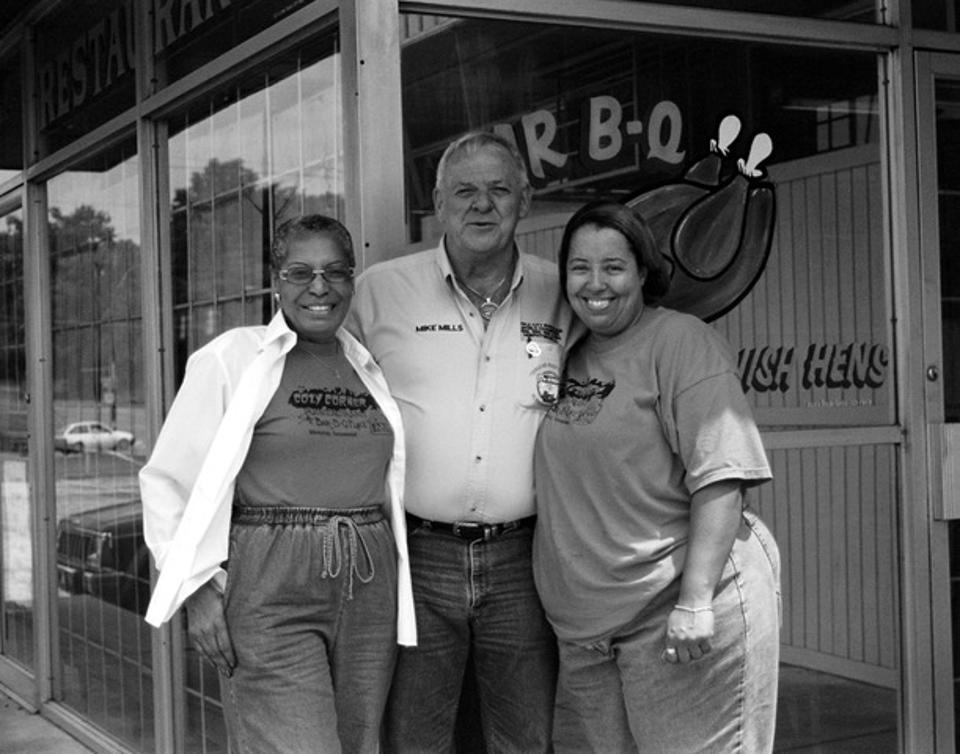 Mike Mills, Desiree and Val Robinson at Cozy Corner in Memphis, Tenn.
