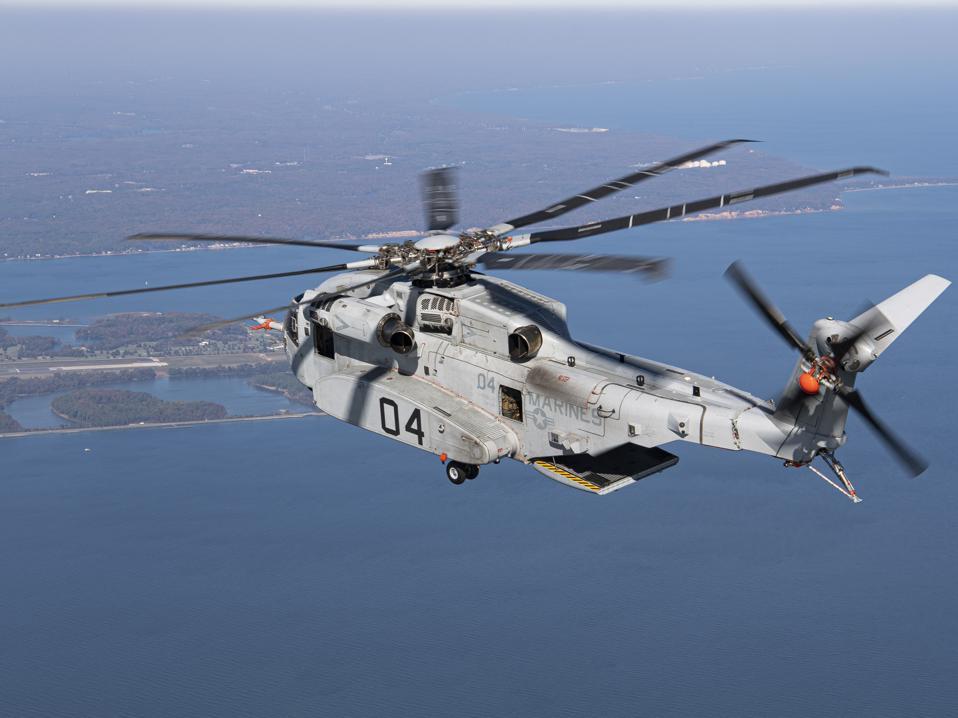 A CH-53K King Stallion in flight.