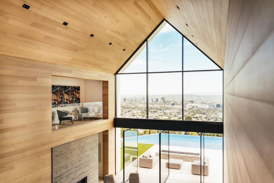 Forest Knoll, Los Angeles, Hollywood Hills, loft, vistas, great room Compass, luxury