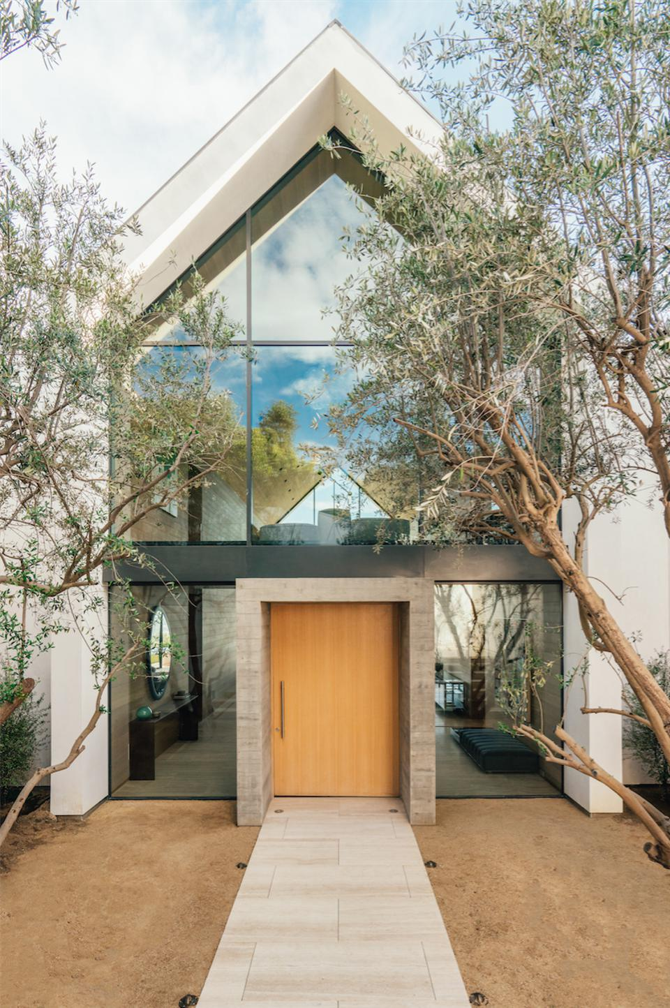 Forest Knoll, Los Angeles, Hollywood Hills, design, olive trees, travertine walkway