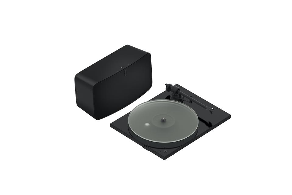 Sonos Five & Pro-Ject T1 Phono SB Turntable Set