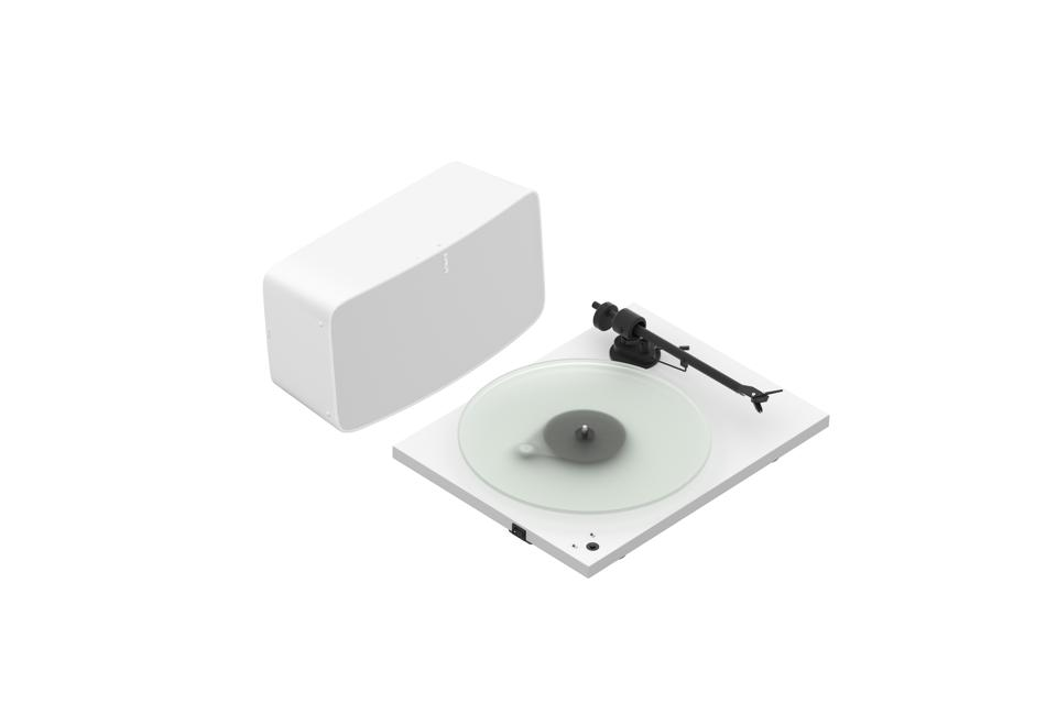 Sonos speaker and turntable