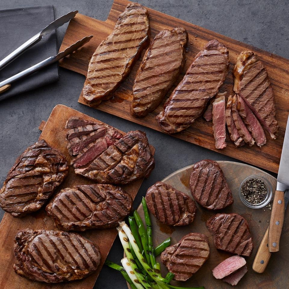 Hickory Farms Deluxe Assortment