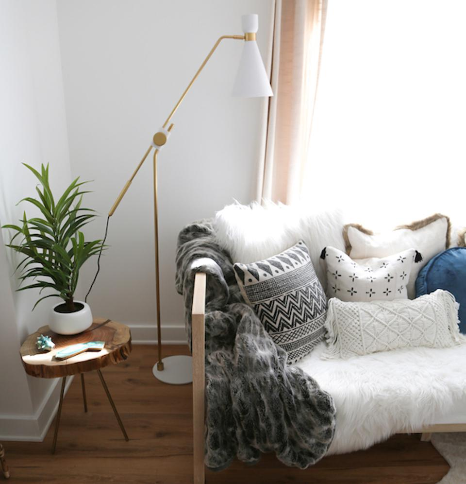 Willa Floor Lamp