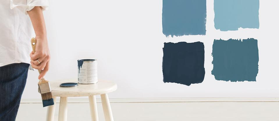 painting a room with blue paint, 4 different swatches