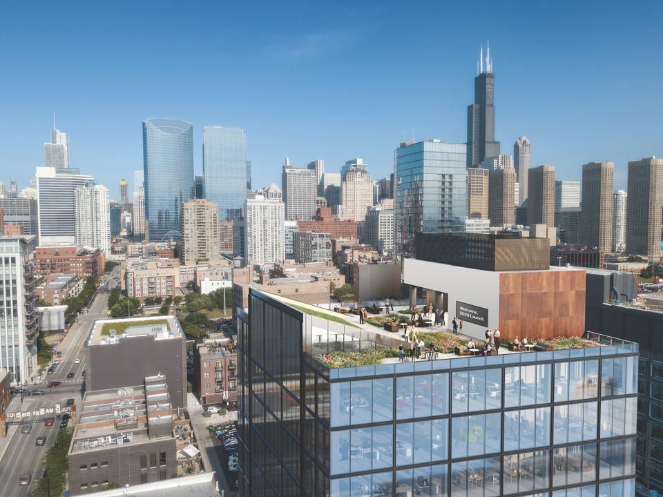 The Fulton East rooftop features an 8,000-square-foot landscaped rooftop park.