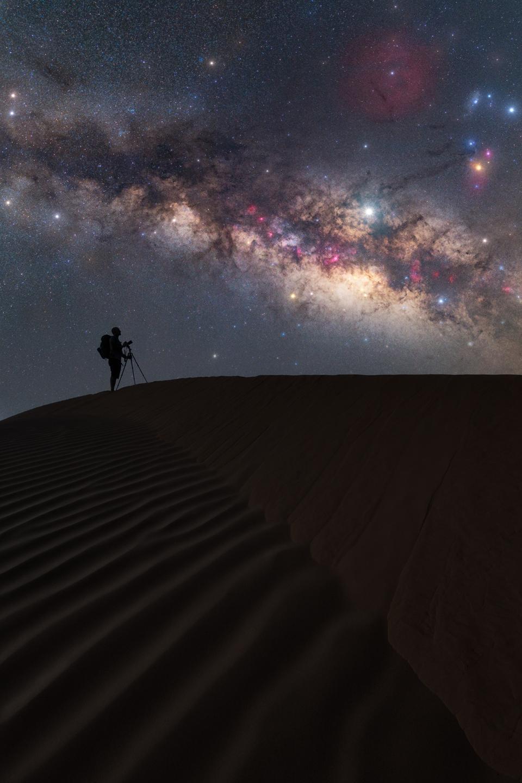 Marco Carotenuto's image of the Milky Way from the Sahara desert.