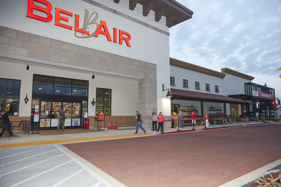 Outside the Raley's Bel Air market in Rancho Murieta customers  practice social distancing