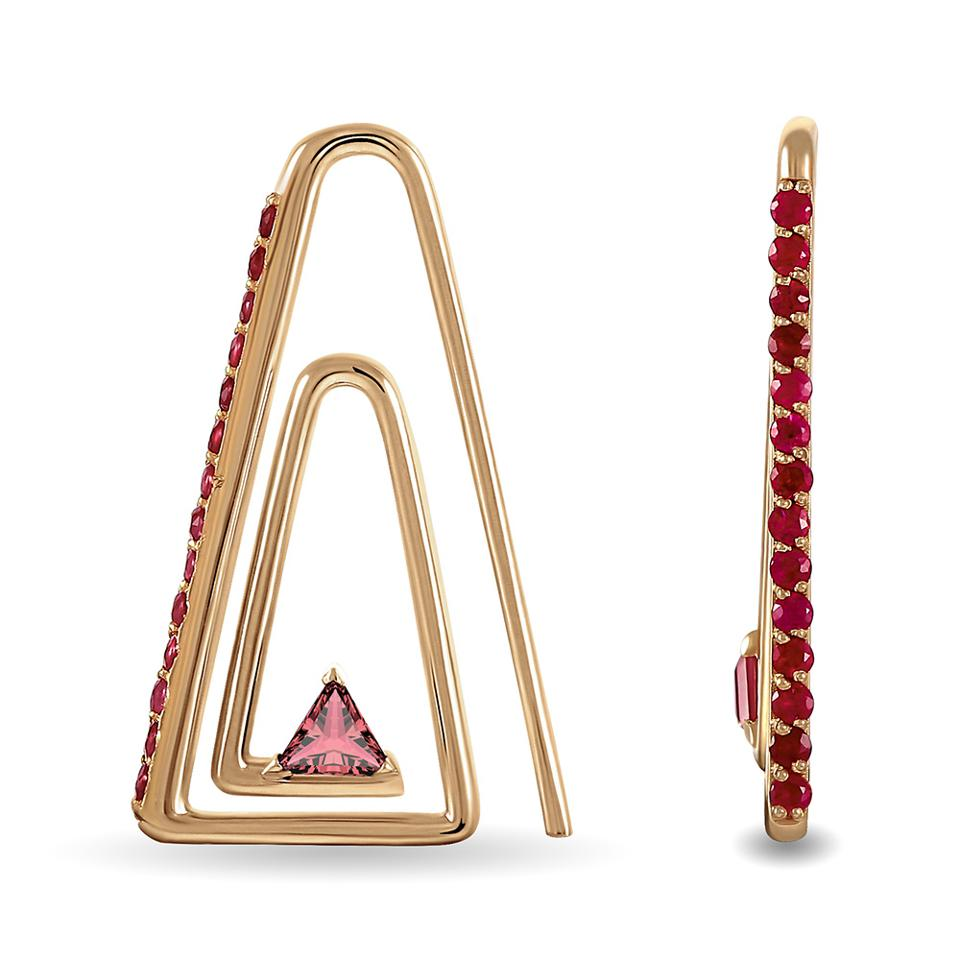 The Paperclip earrings, in gold with rubies.