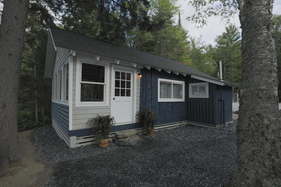 MCM Exterior Cabin