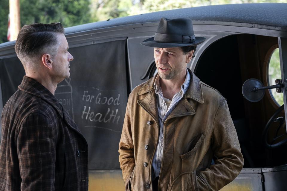 Perry Mason (Matthew Rhys) talks to his old mentor (Shea Wigham).