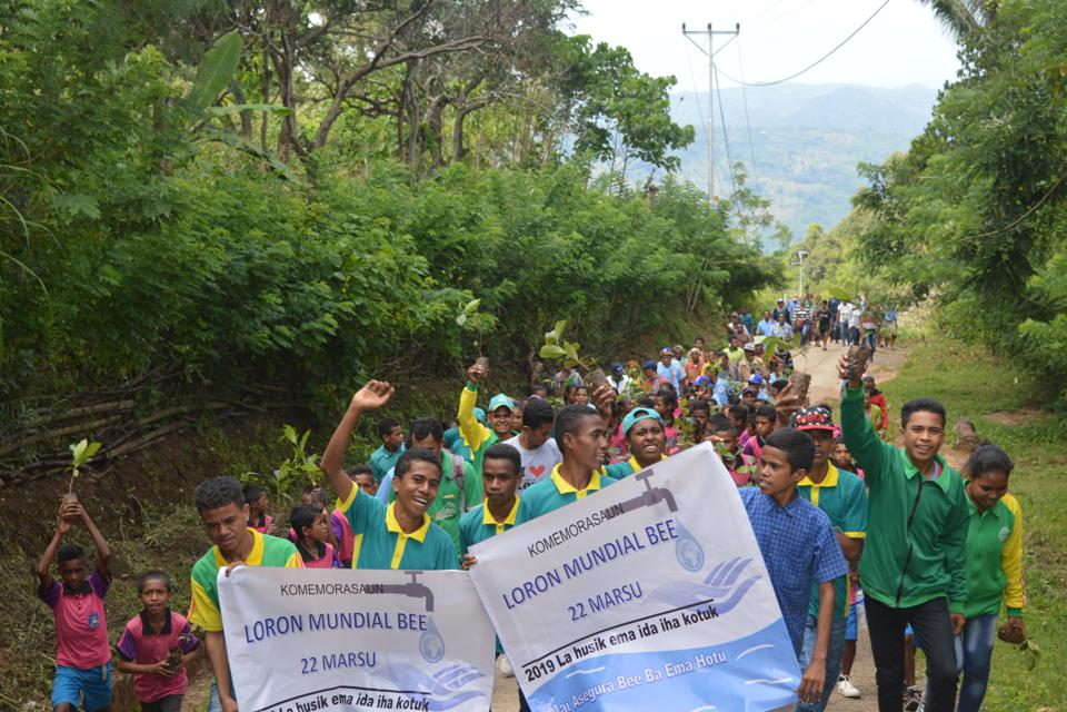 Timorese students celebrate World Water Dayin Oel Siae, Suco Abani, Timor-Leste