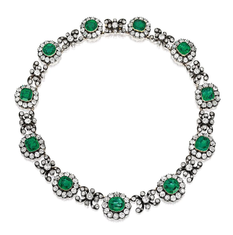 Celebrity Travel: The Duchess of Manchester's emerald and diamond necklace, estimate: $300,000 - $four hundred,000