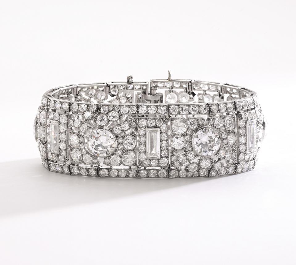 Celebrity Travel: Cartier diamond bracelet, Route de Feuillage, 1926, estimate: $200,000 - $300,000