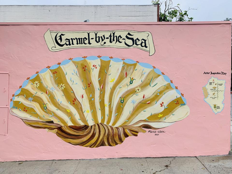 The new shell mural in Carmel, Calif. During the pandemic, it was a reminder to shell-tering in place.