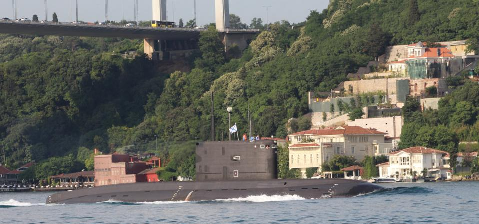 Russian submarine on Bosporus, Turkey in apparent beach of Montreux Agreement