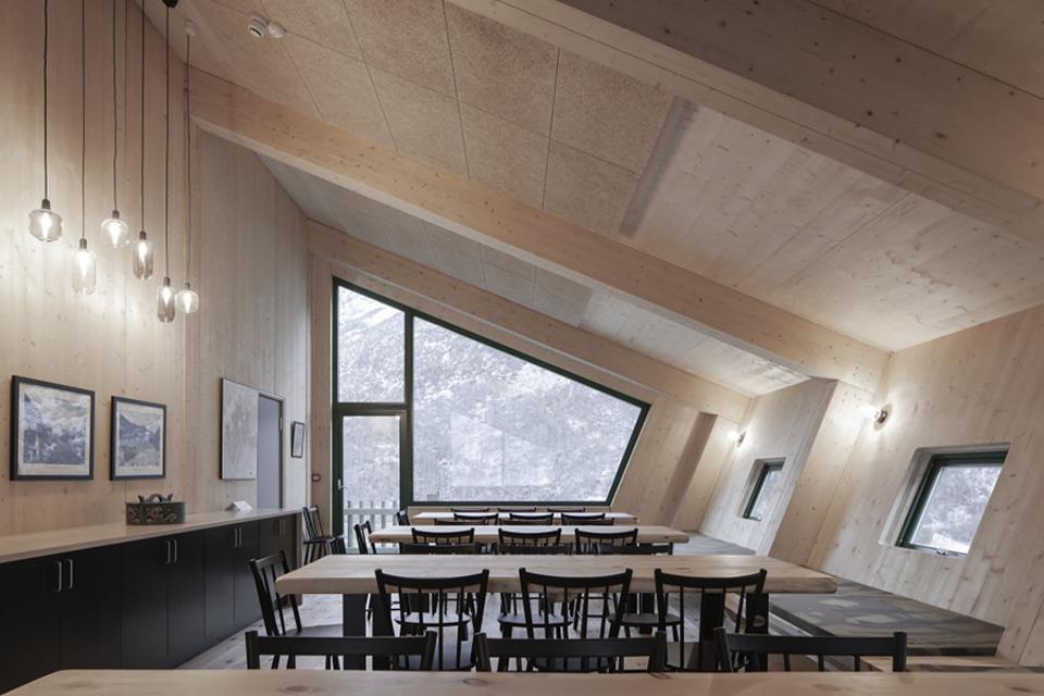 The interior of Norway's Tungestølen tourist cabin designed by Snøhetta.