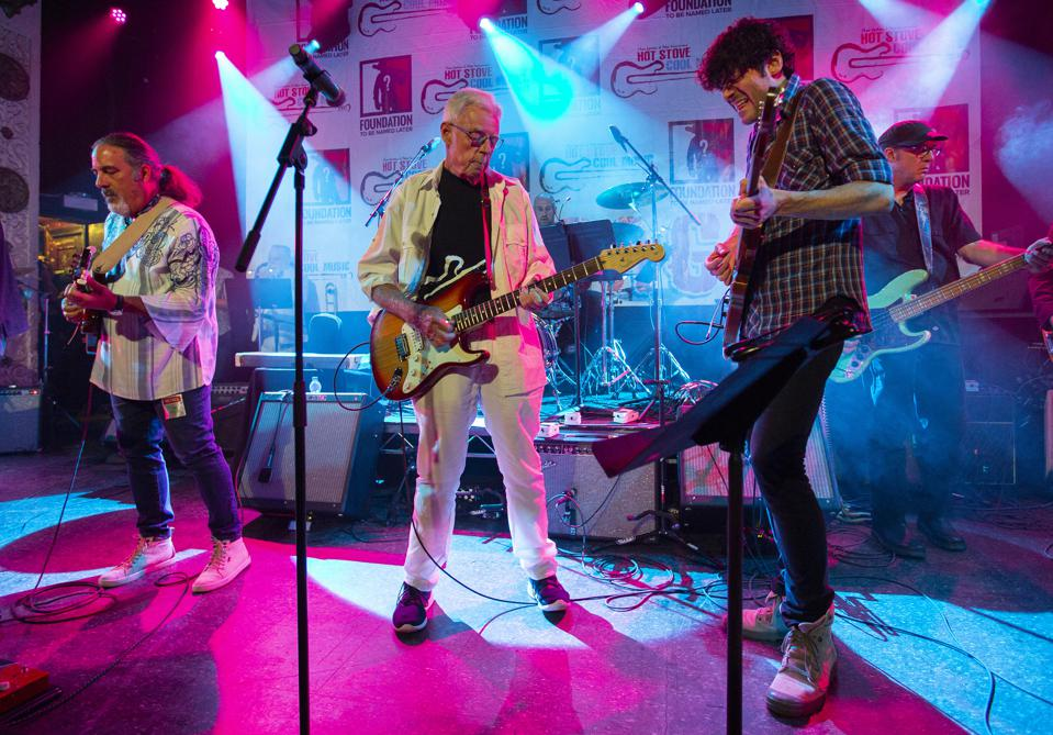 Hot Stove Cool Music co-founder Peter Gammons (center) performs with Will Dailey (right) as part of the Boston All-Stars on stage at Metro during the annual Hot Stove Cool Music concert series. Friday, June 8, 2019 in Chicago, IL (Photo by Barry Brecheisen)