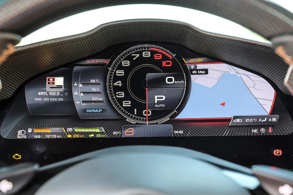 A gorgeous new digital instrument cluster is the headline act for the cabin.