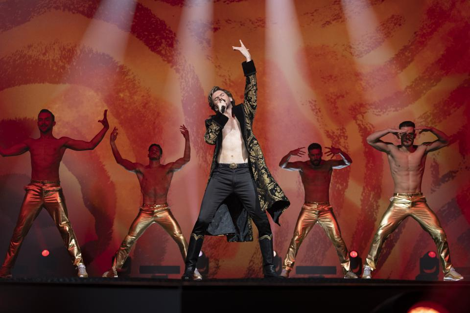 Dan Stevens in 'Eurovision Song Contest: The Story of Fire Saga' on Netflix