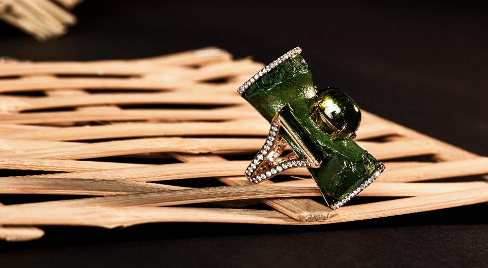 A ring from the Amazonia Bamboo collection