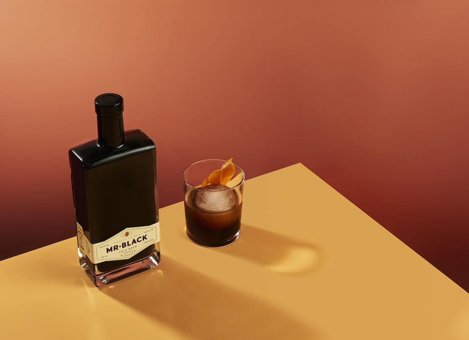 Mr Black Cocktail Cold Fashioned_Easy Cocktails for July4th celebrations 2020