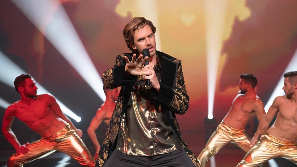 Dan Stevens in Netflix's 'Eurovision Song Contest'
