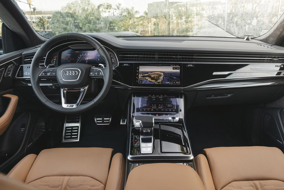 The driver has a choice of three digital display screens.
