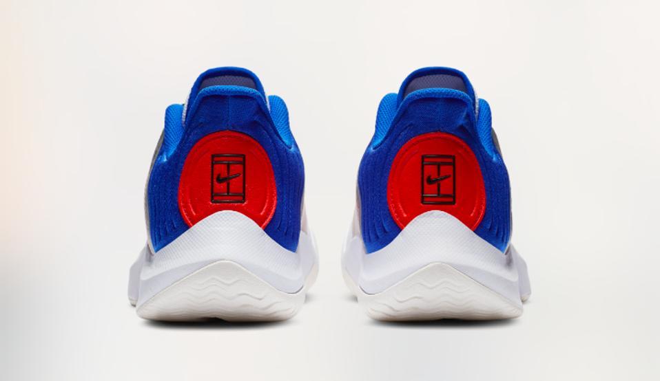 NikeCourt tennis shoe logo
