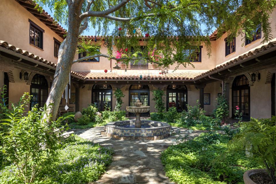 Rancho Latigo, Santa Ynez Valley, courtyard garden, Colombia, Casa Cuervo, Hacienda Calibio, Moroccan stone fountain, landscape architect Carol Puck Erickson