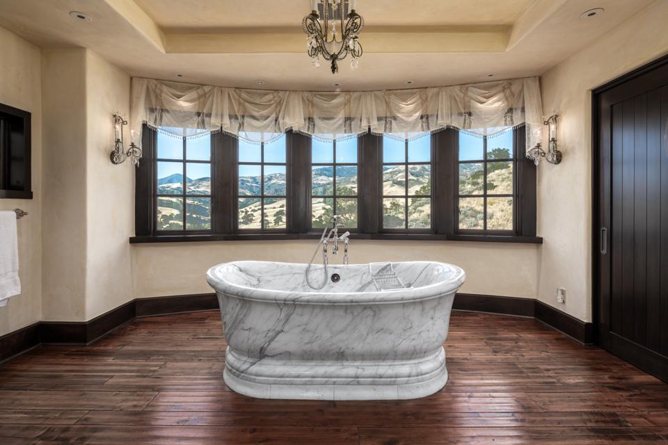 Rancho Latigo, marble tub, Compass