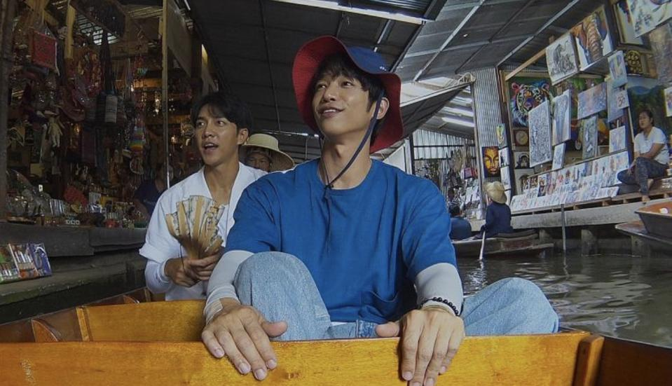 Jasper Liu and Lee Seung-gi accomplished their 'Twogether' missions despite the language barrier.