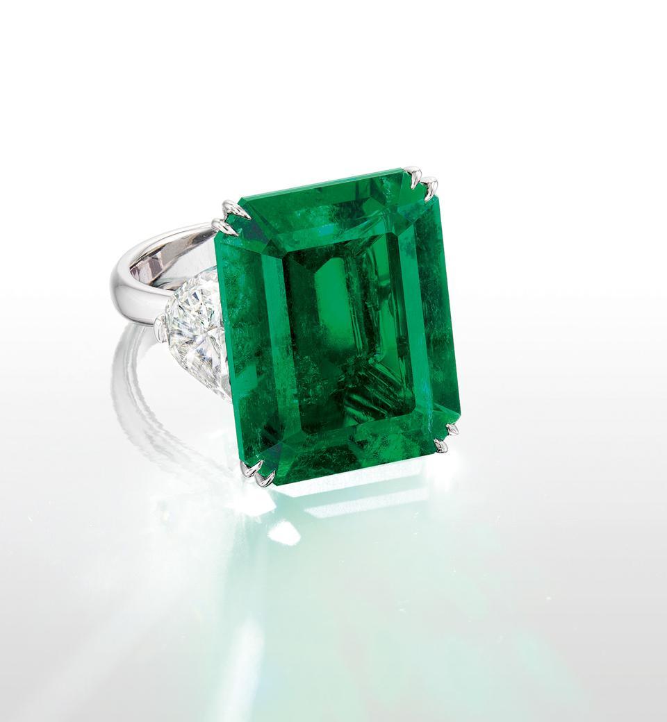 21.52-carat untreated Colombian emerald on diamond ring. Estimate: $960,000 - $1.2 million