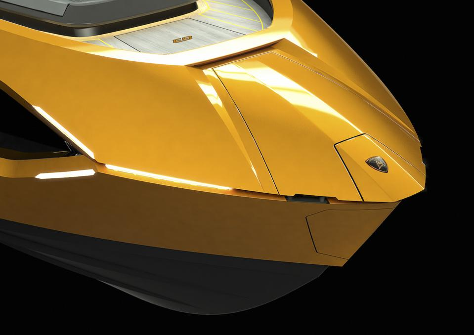 These exclusive photos of the design of the Tecnomar for Lamborghini 63 poweboat reveal it's supercar roots.