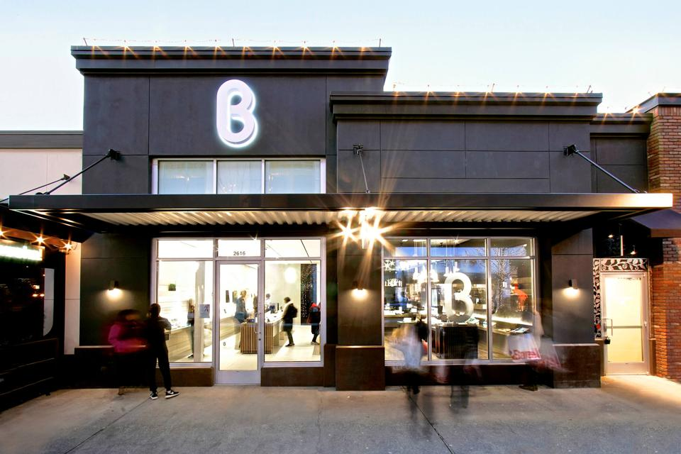 Storefront of b8ta