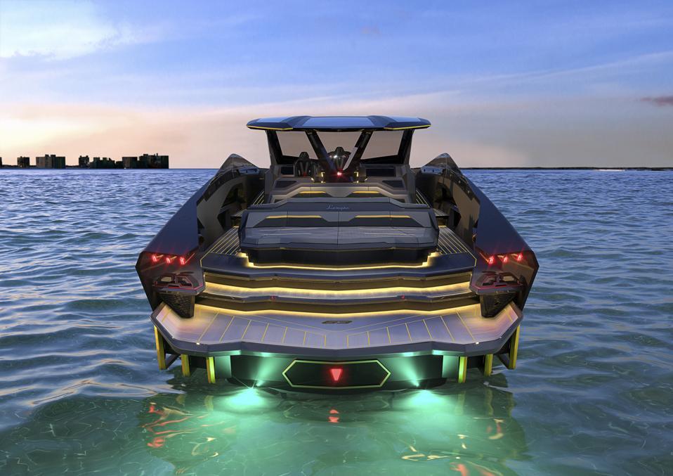 The brand-new Tecnomar for Lamborghini 63 pays homage to legendary Lamborghinis of the past.